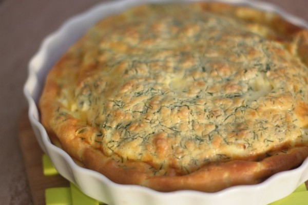 Quiche s pórom, kôprom a kozím feta syrom