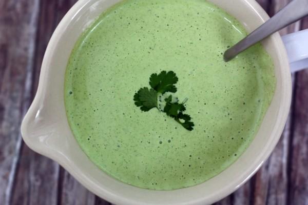 Zelená peruánska omáčka/dip (aji verde)